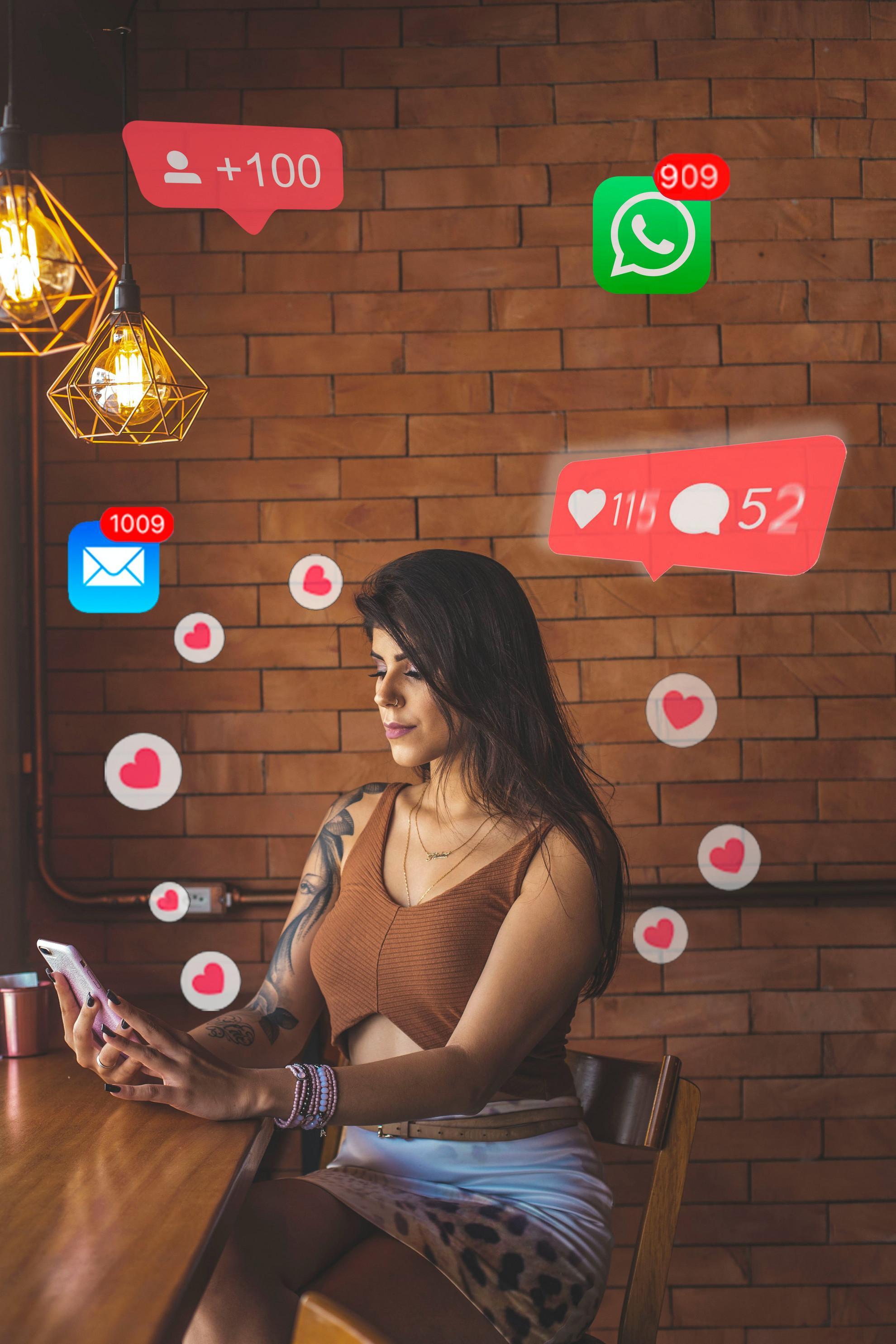A social média használatakor az agy legfontosabb dopamint termelő területein működő neuronok aktiválódnak