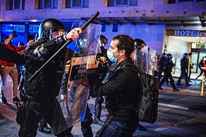 Ismét zavargások voltak Barcelonában