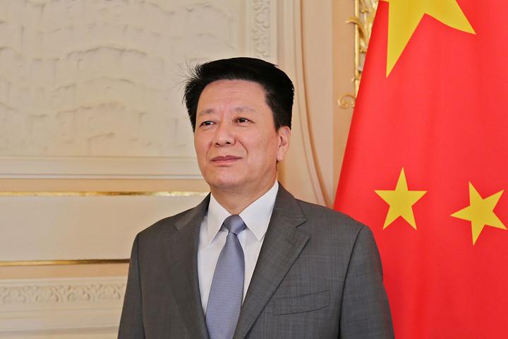 Nyitott kapukat dönget, aki Kínával akar párbeszédet folytatni
