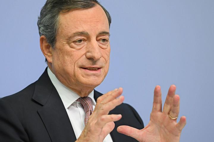 Mario Draghi összefogást sürget az oltási folyamat felgyorsítására