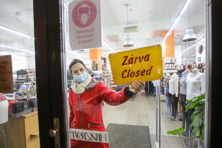 A járvány megfogta  a kiskereskedelmet