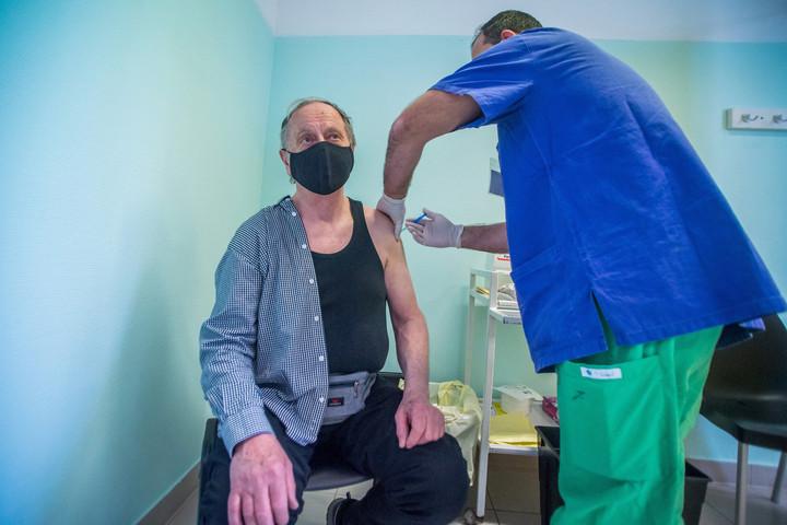 Csütörtökön megkezdődött az oltás a Szputnyik-vakcinával