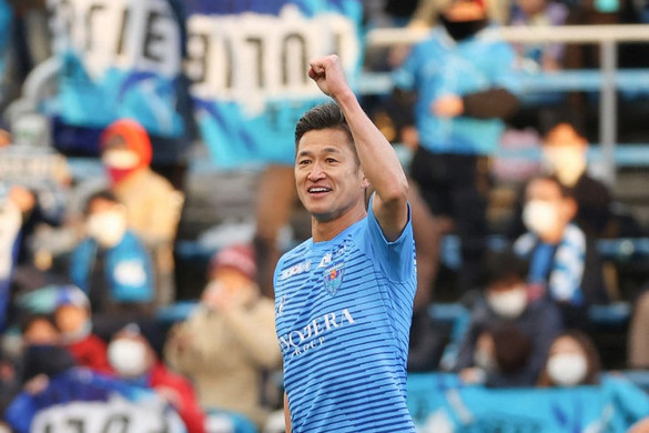 Kazu Király 54 évesen sem tud elszakadni a focitól