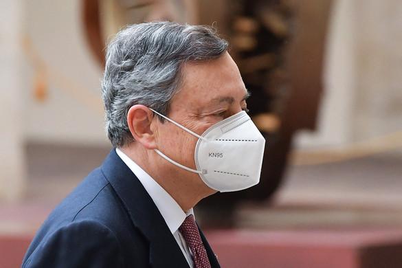 Mario Draghi kormánya a jobboldalt erősíti a felmérések szerint