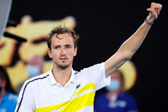 Medvegyev lesz Djokovic ellenfele az Australian Open döntőjében