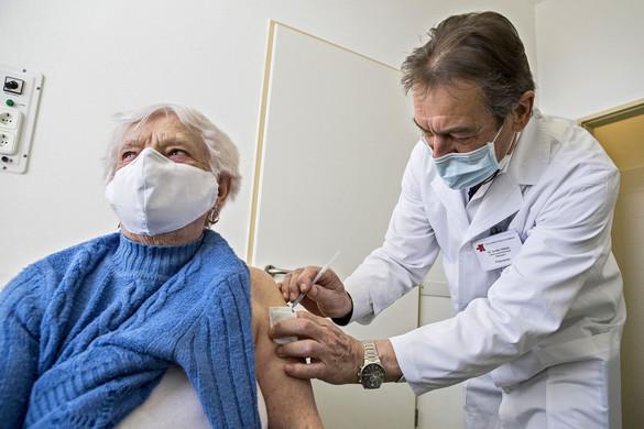 Zöld utat kapott itthon a Sinopharm vakcinája