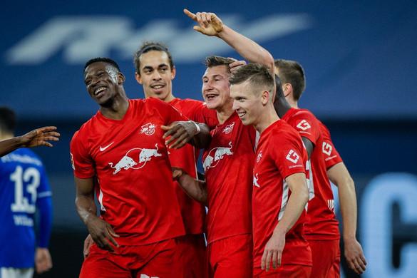 Willi Orbán gólt fejelt, a Leipzig simán nyert a Schalke otthonában