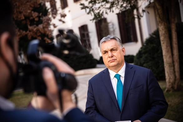 Orbán: Versenyt futunk az idővel