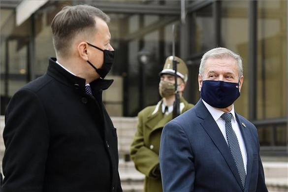 Benkő: Jó úton halad a lengyel-magyar kapcsolatok erősítése