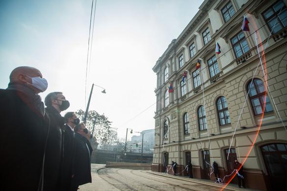 Felavatták a Nemzetközi Beruházási Bank budapesti székházát