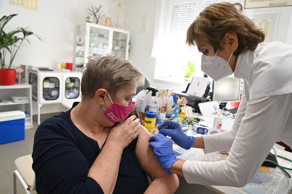 Összeomlóban az EU közös vakcinabeszerzési stratégiája