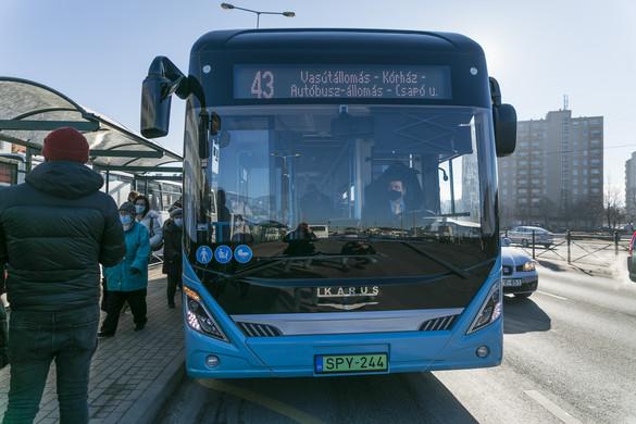 Elektromos Ikarus autóbusz közlekedik Székesfehérváron