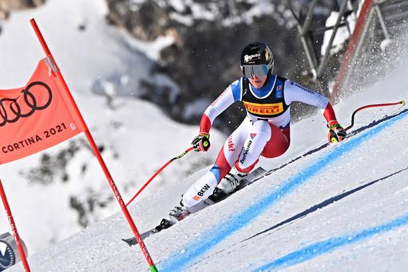 A svájci Lara Gut-Behramit  nem zavarta, hogy ő a favorit