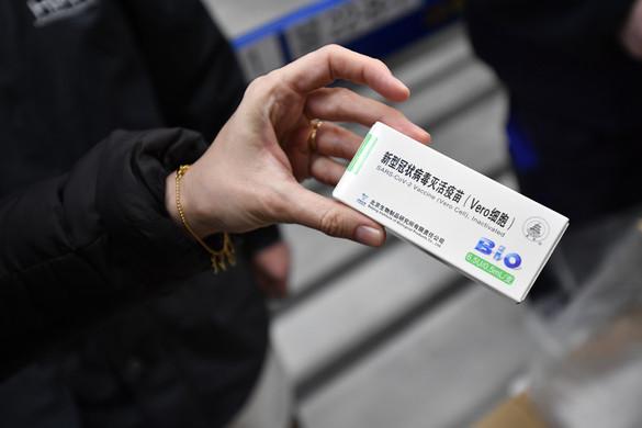 Már tanulmányozzák a magyar szakemberek a kínai vakcina dokumentációját
