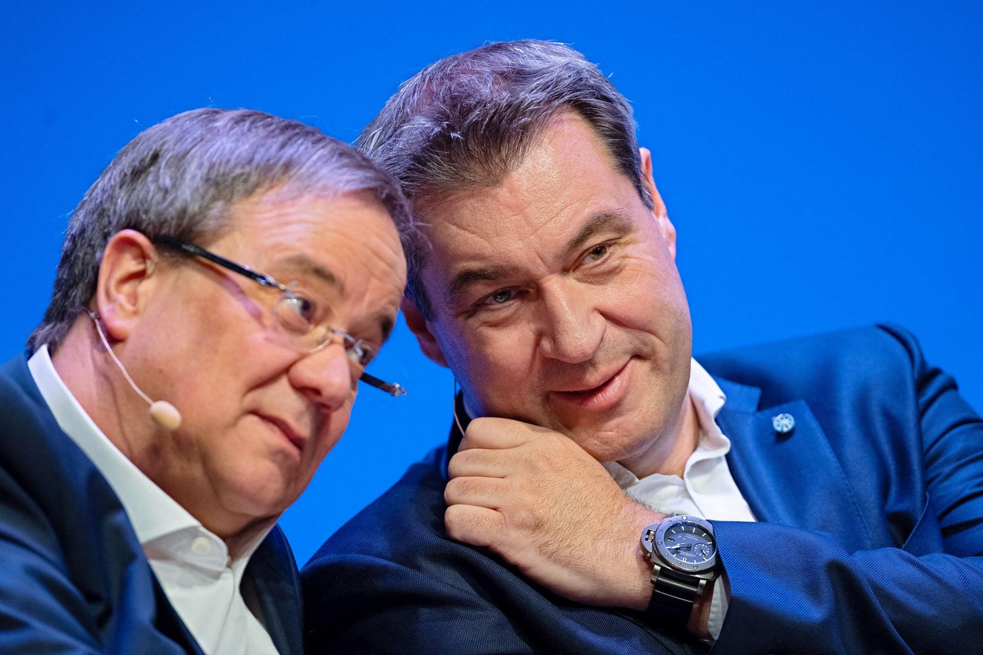 Armin Laschet CDU-elnök legutóbb kompromisszumkészen nyilatkozott a Fidesz ügyében, Markus Söder azonban bírálni kezdte a távozóban lévő pártot