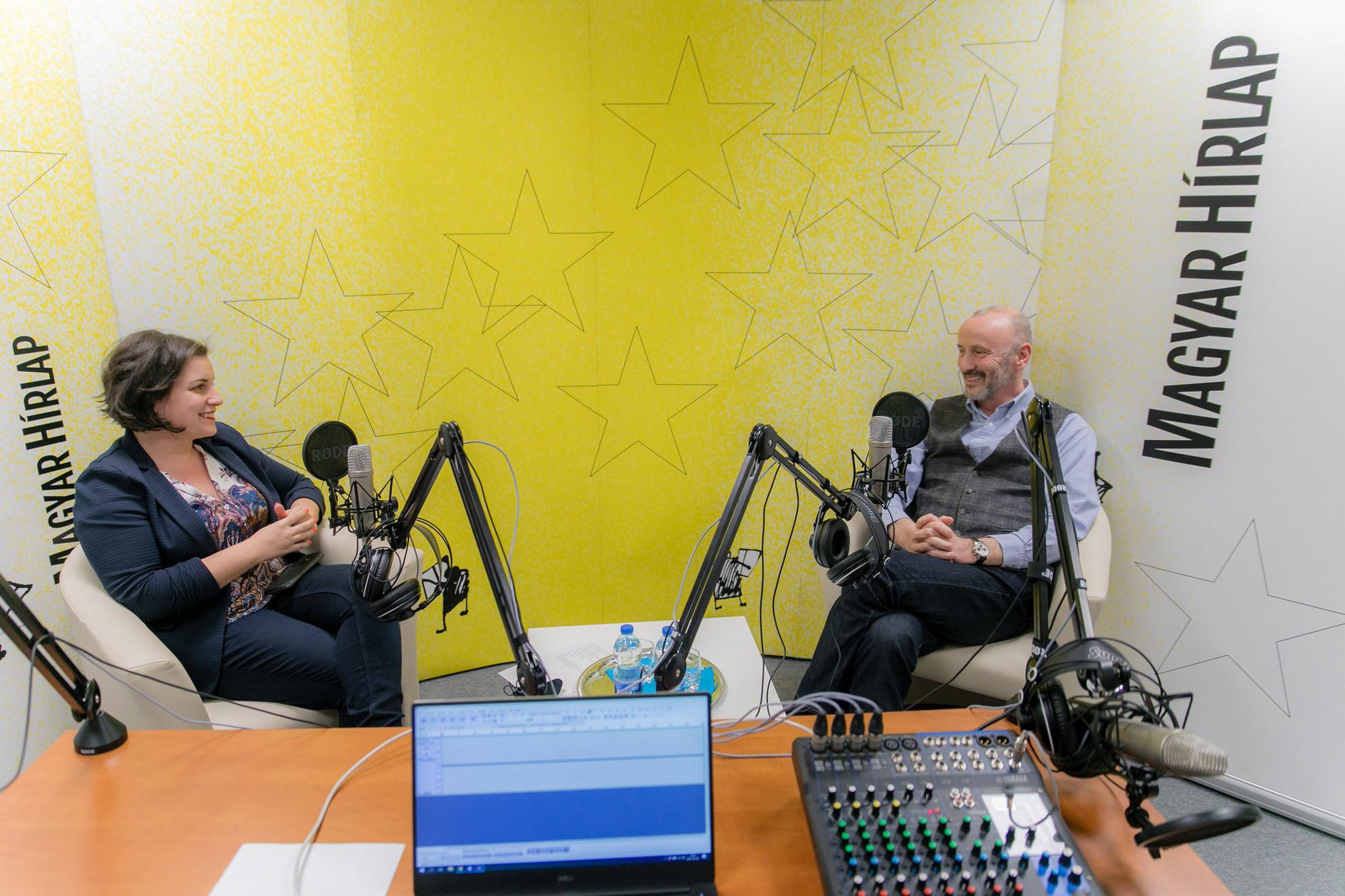 Lapunk főmunkatársa, Őry Mariann és Horváth József, az Alapjogokért Központ biztonságpolitikai tanácsadója a Faktumban