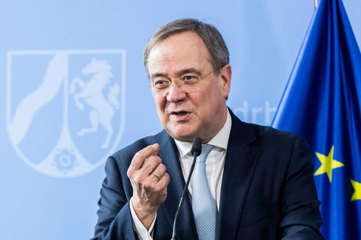 Egyre több német szavazó fordul el Armin Laschettől
