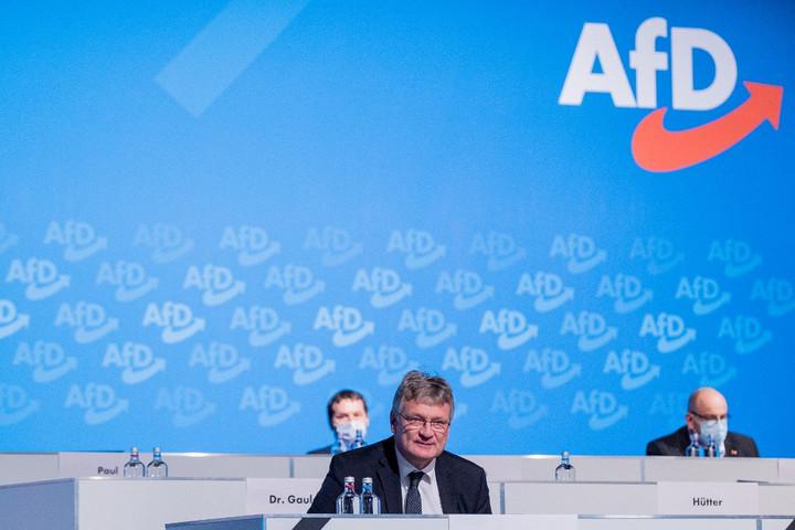 Szívesen látják a fideszes EP-képviselőket az Identitás és Demokrácia-frakcióban