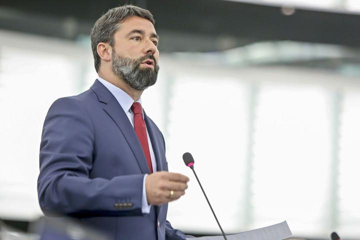 Hidvéghi: Sodródóvá vált az Európai Néppárt