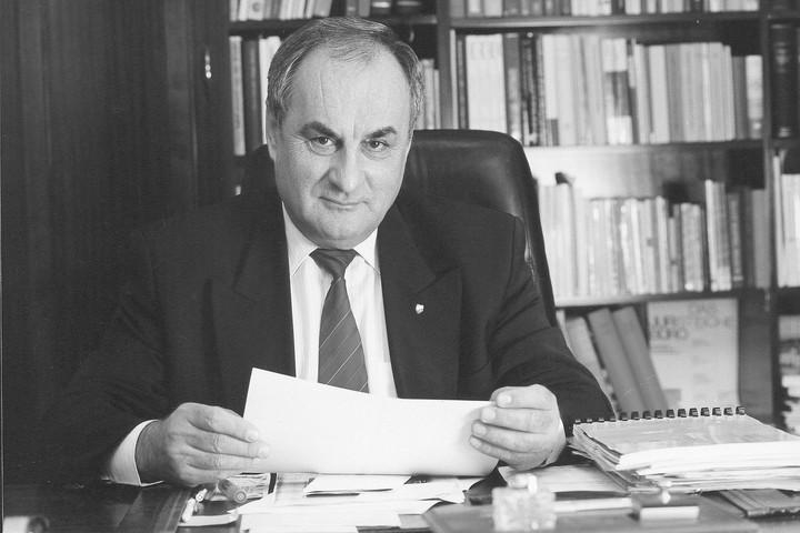 Elhunyt Németh János, az Alkotmánybíróság korábbi elnöke