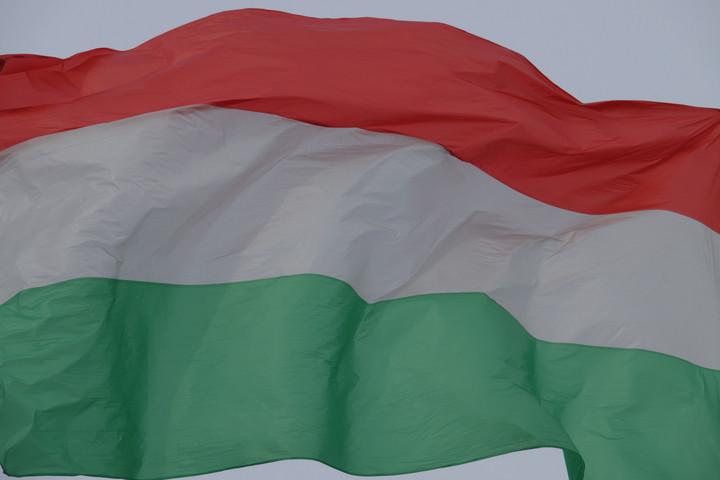 Láng Zsolt: A főváros nem lobogózta fel Budapestet nemzeti ünnepünkön