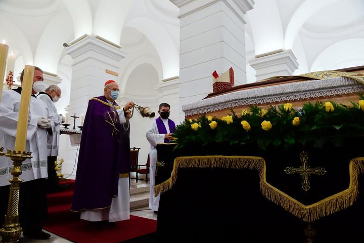 Eltemették Snell György esztergom-budapesti segédpüspököt