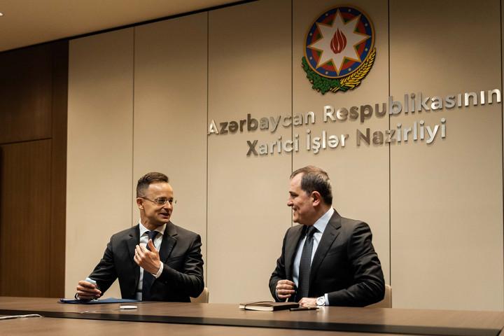 A kormány támogatja a magyar vállalatok részvételét a karabahi újjáépítésben