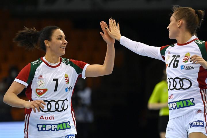 Kézilabda: Kiütéses sikerrel kezdte az olimpiai selejtezőt női válogatottunk