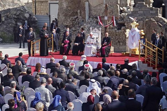 Ferenc pápa: Az iraki egyház él