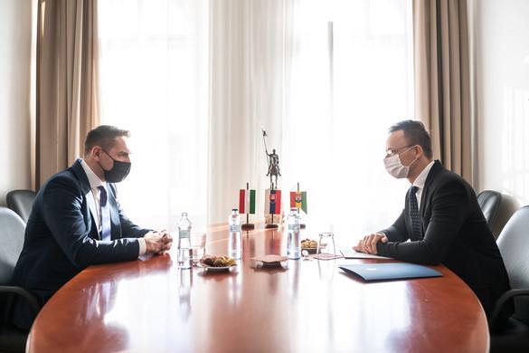 Szijjártó a népszámláláson való részvételre kérte a szlovákiai magyarokat