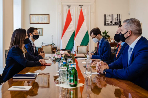 Varga Judit a Google magyarországi vezetőivel tárgyalt