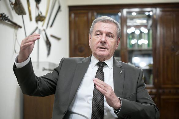Benkő Tibor: Legyünk vezető nemzet