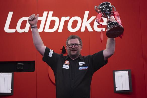 Darts: James Wade nyerte a UK Opent