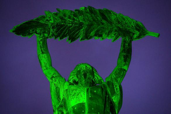 Zöldbe borult Budapest