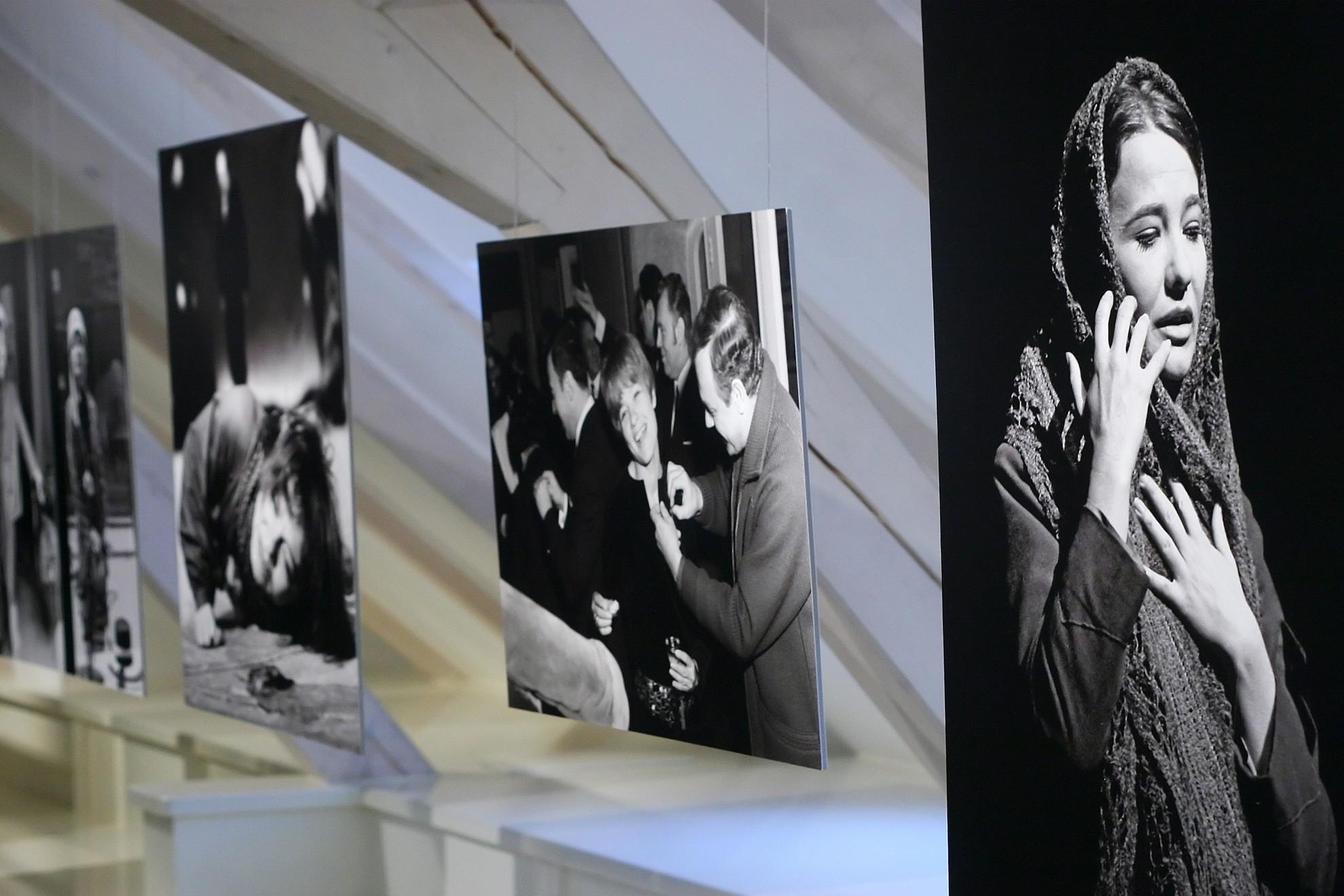 Keleti Éva Törőcsik Marit ábrázoló fotóból nyílt kiállítása 2009-ben