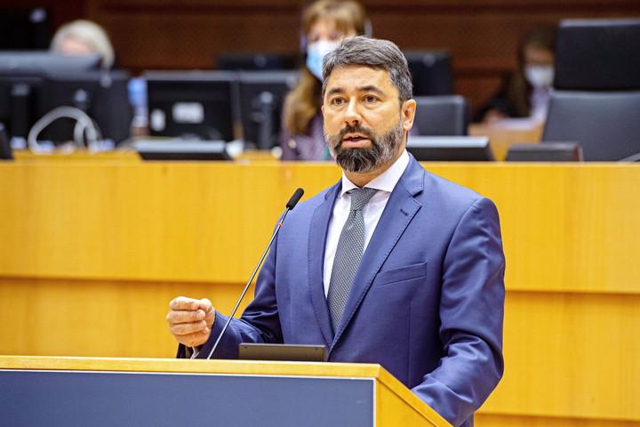 """""""Az Európai Parlament ne használja fegyverként a korrupció hamis vádját!"""""""
