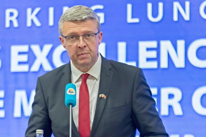 Prága és Kijev is kiutasított orosz diplomatákat, Moszkva válasza sem maradt el