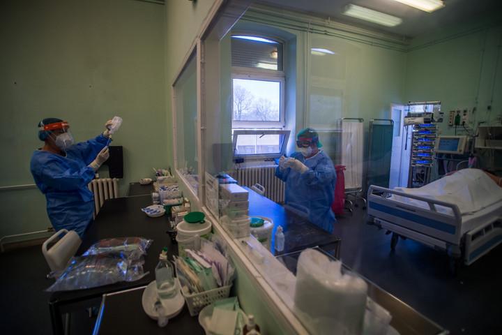 Emmi: Semmilyen kórházat nem fogunk bezárni!