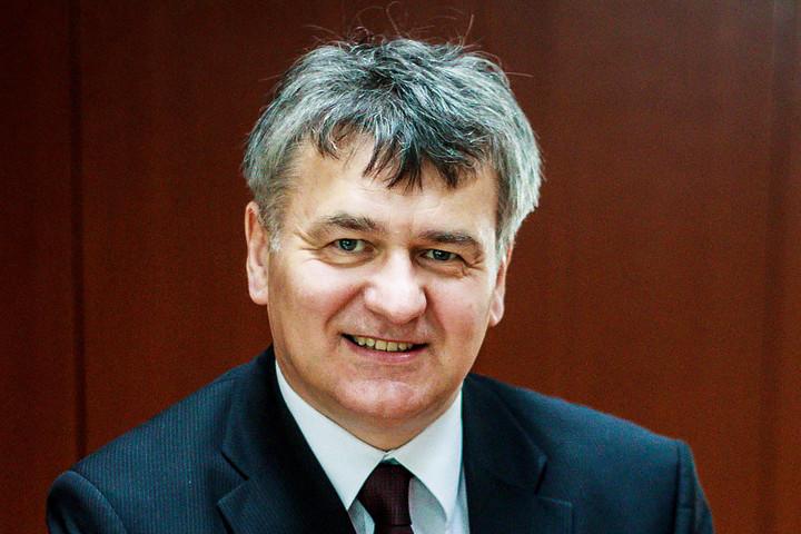 Lentner Csaba: Az oltással felelősséget vállalunk környezetünkért, kollégáinkért és a családunkért
