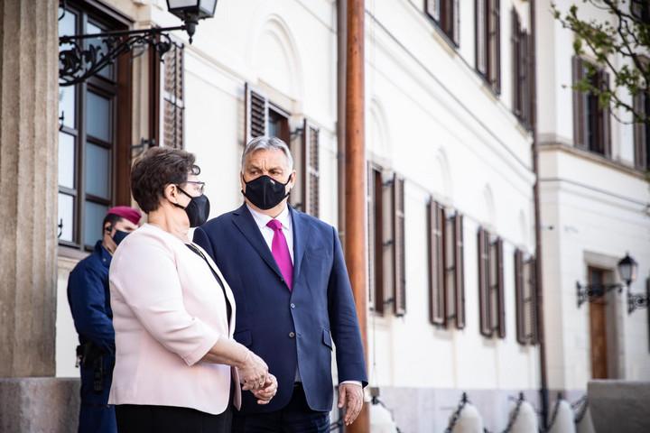 Orbán Viktor: Nem minden hős visel köpenyt