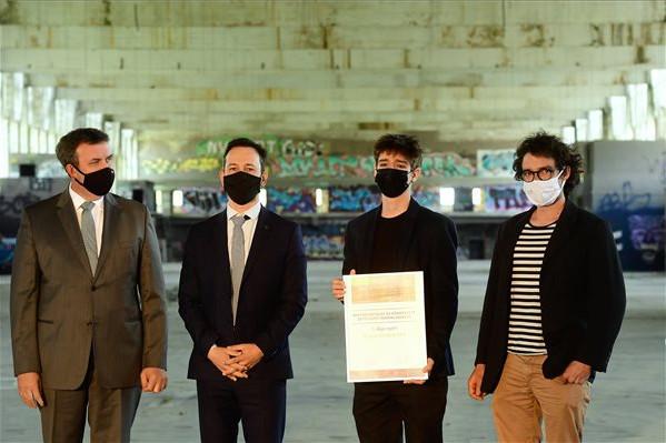 Stratégiai megállapodást kötött a kormány a Fudan Egyetemmel