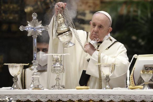Ferenc pápa: A kereszttel nem lehet alkudozni