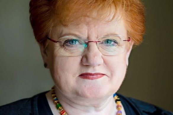 Szalai Piroska: Védjük a családunkat, de azokat is, akikkel összefutunk a közértben