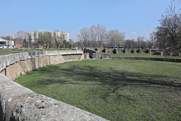 Amfiteátrumok Pannóniában
