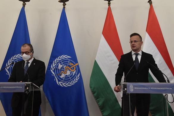 A WHO igazgatója szerint hazánk példaértékű oltási kampányt folytat