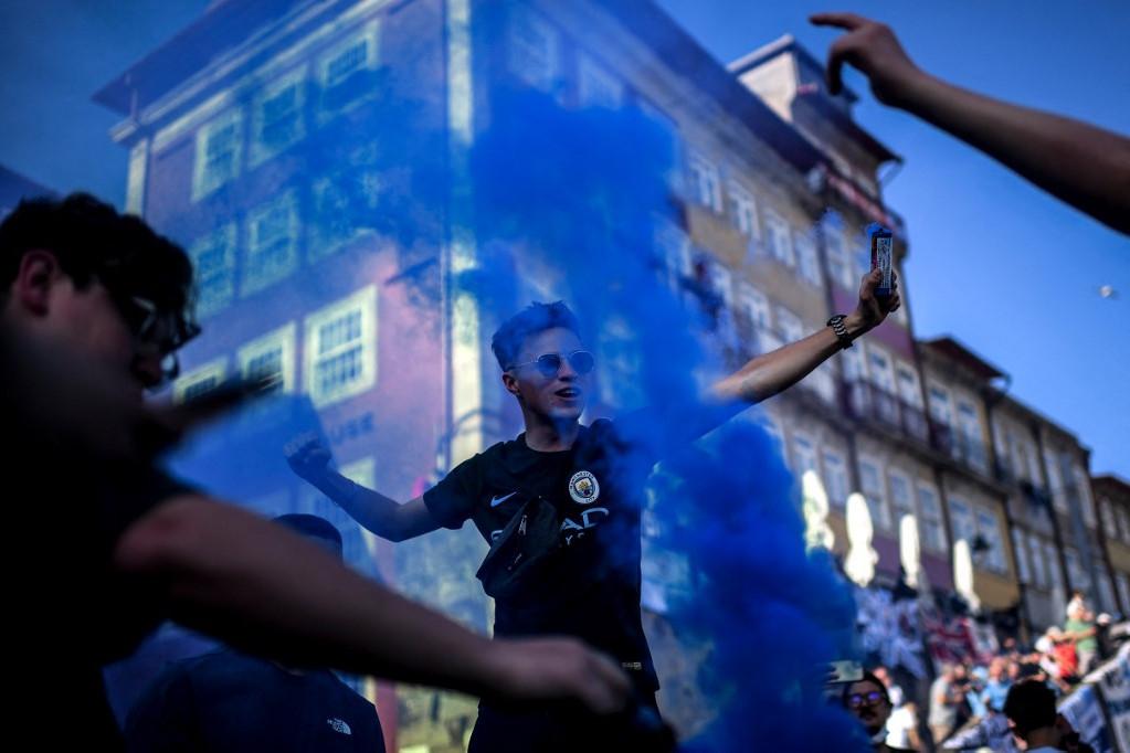 City-drukkerek a BL-döntő napján Portóban