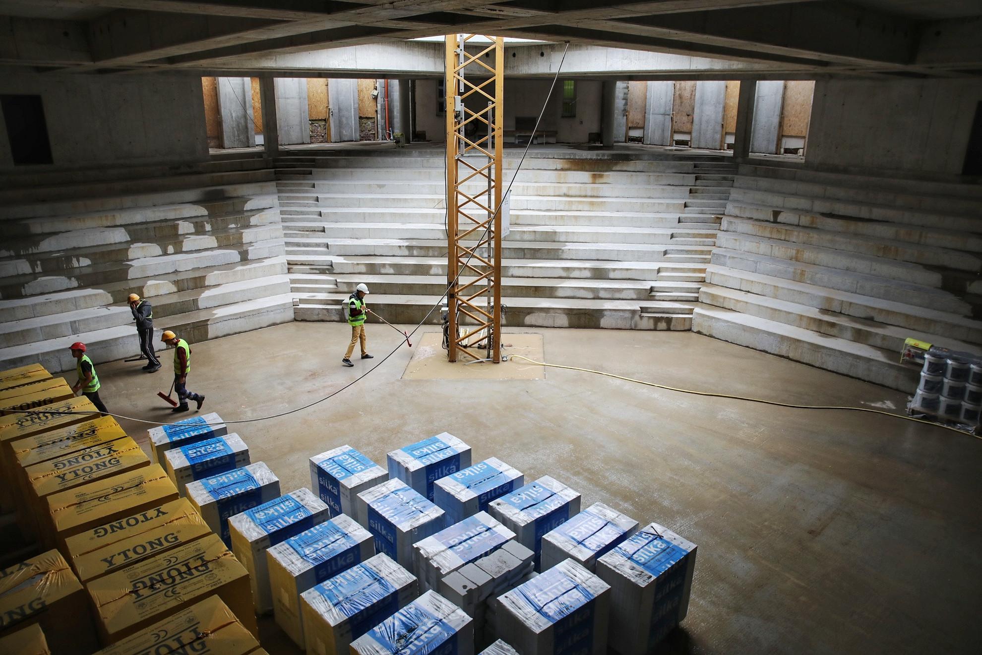 Szent Angéla Ferences Általános Iskola és Gimnázium épületének felújításához a kormány eddig 3,1 milliárd forinttal járult hozzá
