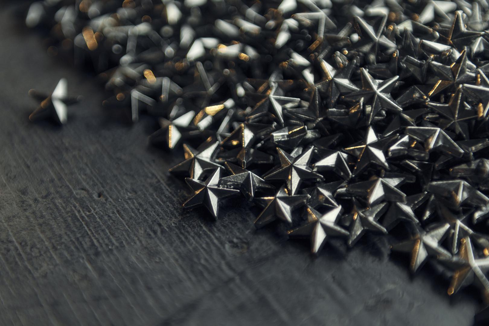 Negyvenkétezer apró csillag formájában osztják szét a serleg darabjait a csapait bérletesei közt