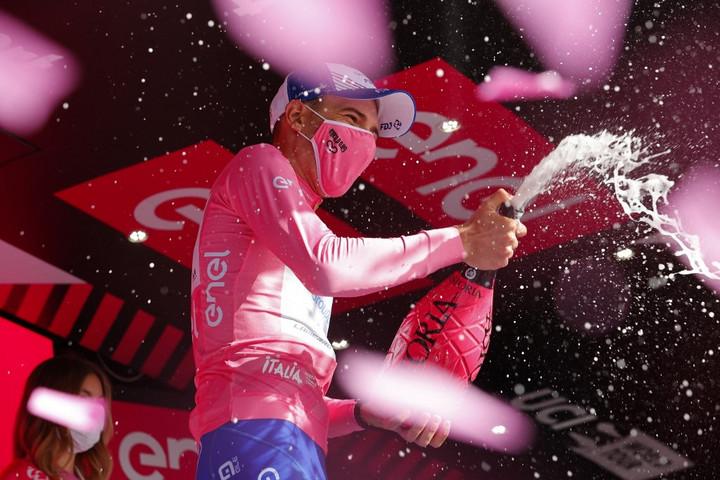 Valter átvette a vezetést az összetettben a Giro d'Italián