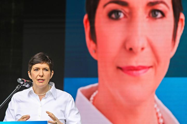 Fidesz: Dobrev a külföldi gyógyszergyártók zsoldjában